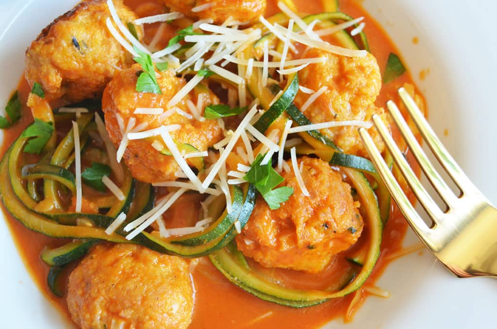 Zoodles with Turkey Meatballs (in a roasted red pepper sauce)